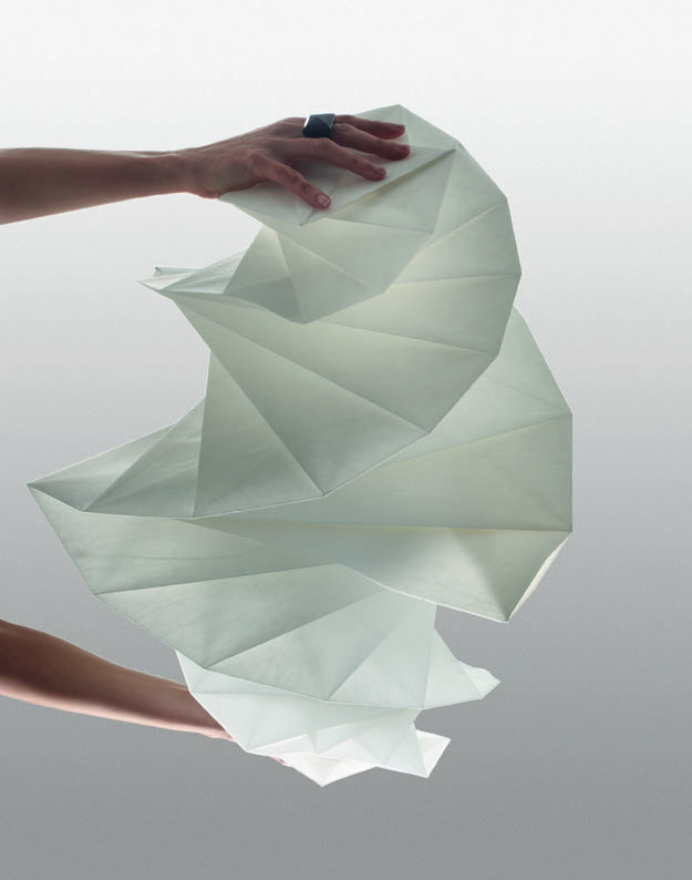 IN-EI-TR-011-by-Issey-Miyake-+-Reality-Lab._6