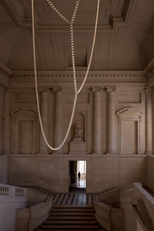 The Architects Choice -Bouroullec-Gabriel-Chandelier-Swarovski-9