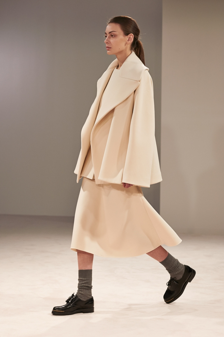 the-row-rtw-fw2014-runway-07_18495148680